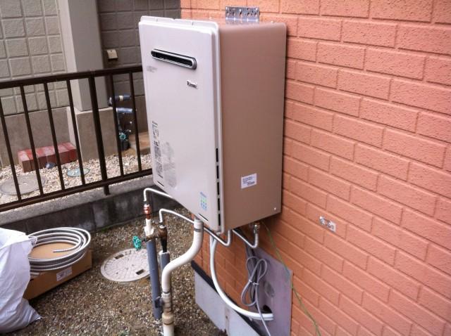 桑名市 ガスふろ給湯器取替工事 施工中