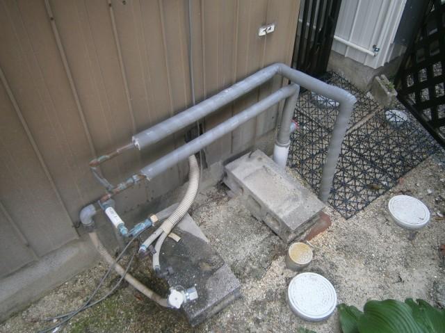 岩倉市 ガス給湯器取替工事 撤去後