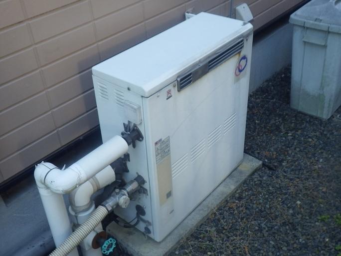 多治見市 ガス給湯器取換工事 施工前