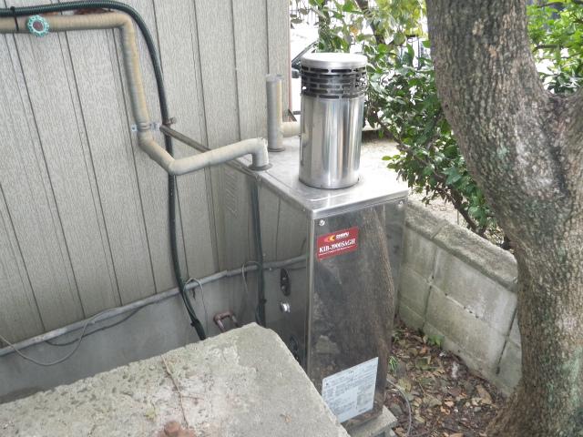 海部郡飛島村 ガスふろ給湯器新設工事 施工前